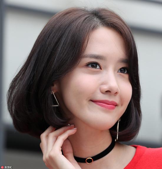 学韩国小姐姐用内扣发梢扮嫩减龄,拒绝过年长一岁