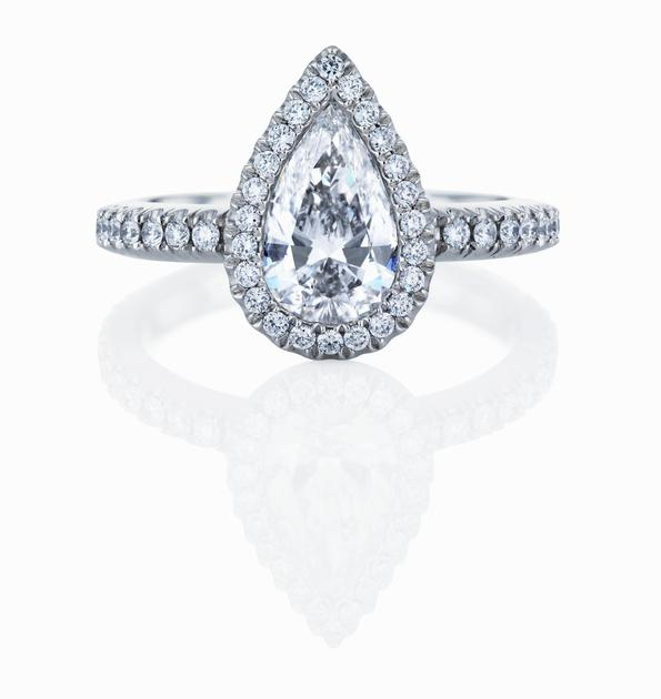 De Beers戴比尔斯Aura水滴形单颗美钻戒指