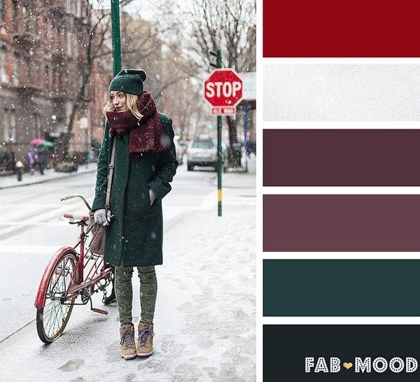 紫红色+深绿色