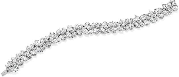 海瑞温斯顿经典锦簇Winston Cluster系列钻石手链;总重约31.27克拉,悉心镶嵌于铂金底座
