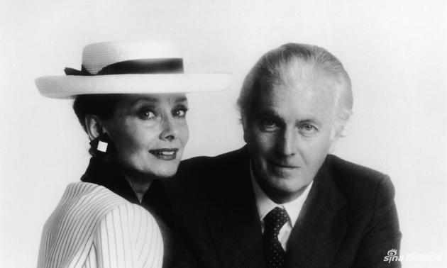 紀梵希和他的摯友奧黛麗-赫本的合影