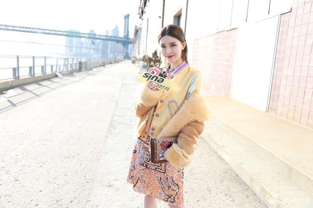 文咏珊接受新浪时尚专访