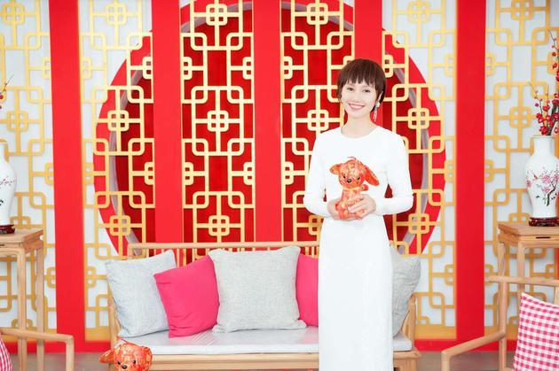 袁泉亮相北京卫视春晚