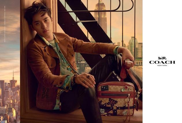 Coach宣布许魏洲成为品牌首位男士产品全系列中国区代言人