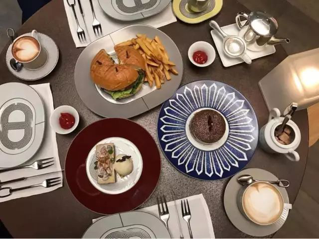 东京银座店内食品与咖啡