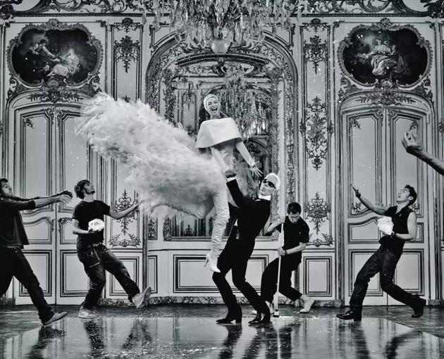Karl Lagerfeld与他的高级定制礼服