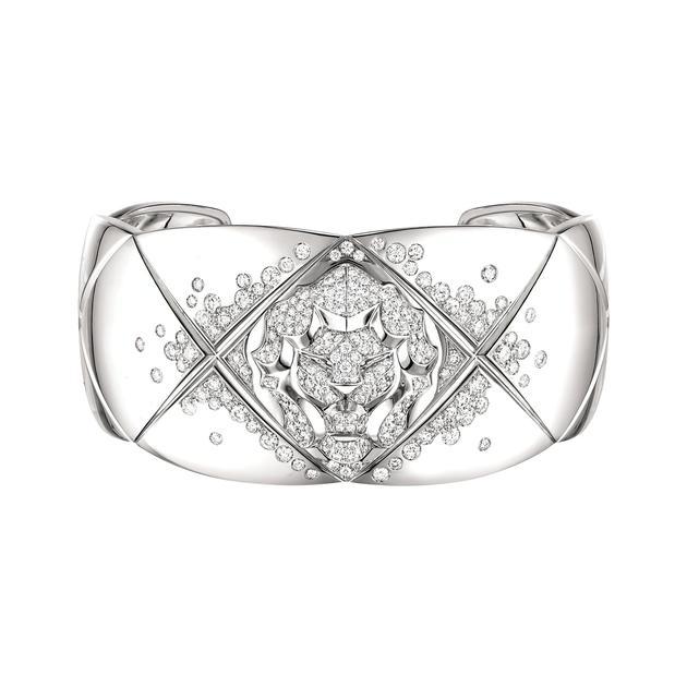 香奈儿高级珠宝COCO CRUSH系列白18K金镶钻铐式手镯 ¥233,200