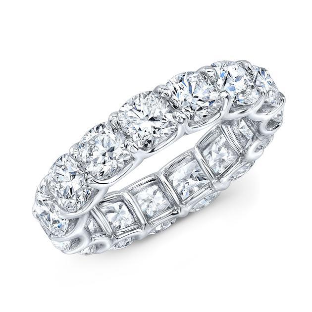 Rahaminov品牌铂金钻石戒指,总重9.35克拉