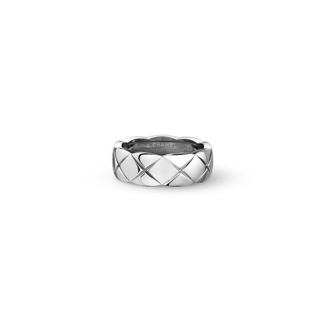 CHANEL高级珠宝COCO CRUSH系列白18K金戒指