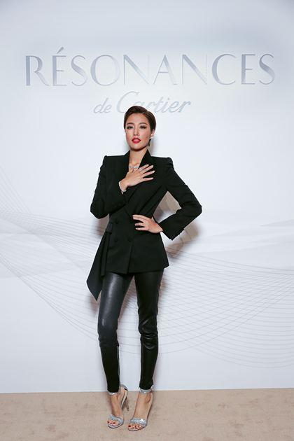 实力派歌手A-Lin佩戴PLUIE D'éTé系列戒指、耳环和REFLECTION DE CARTIER系列手镯、项链