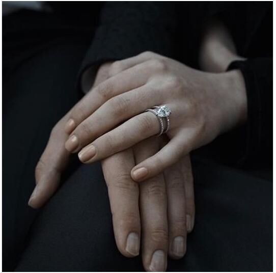 Sophie Turner的订婚钻戒
