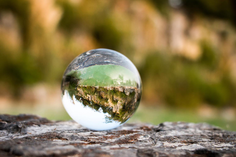 收评:沪锡涨逾4% 玻璃、尿素尾盘拉升涨近2%