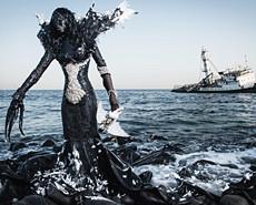 震撼垃圾艺术警示环保