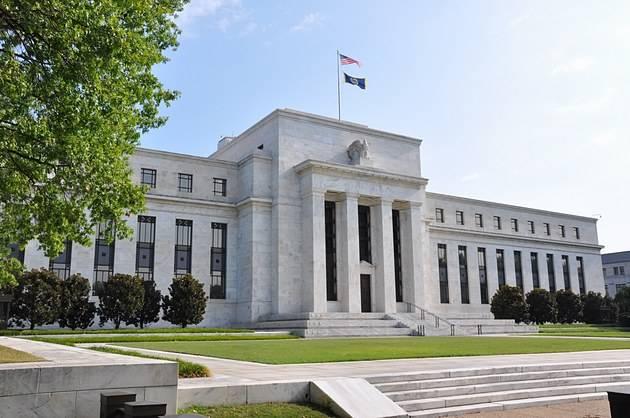 从历史经验看 美联储可能实施收益率曲线控制?