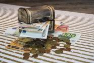 邦达亚洲:欧洲央行官员发表鸽派言论 欧元退守1.1100