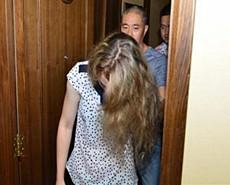 合肥:外籍女卖淫被抓现场