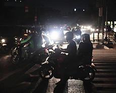 印尼首都大停电 超3千万人陷入黑暗
