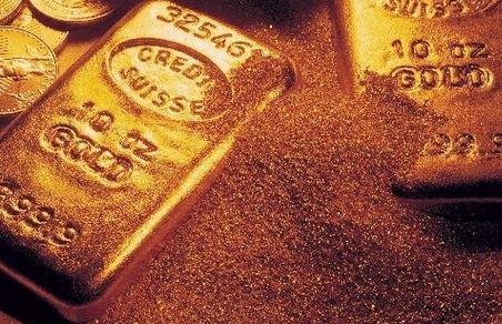 金价拉升逼近2035、逢高做空?黄金、白银及原油短线操作建议