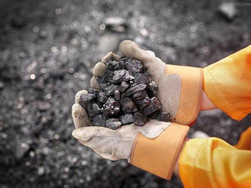 期市多数收涨:LPG涨逾4% 铁矿石涨逾3% 焦煤涨逾2%