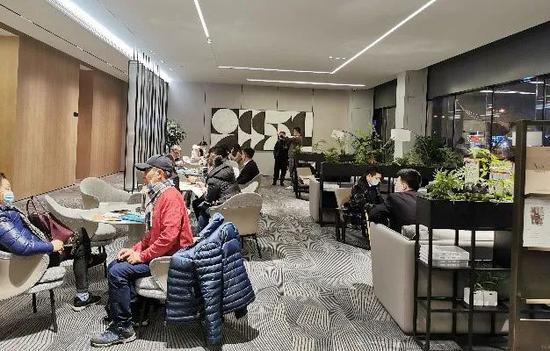 上海房地产调控新政发布后24小时:二手房交易难了、置换凉了