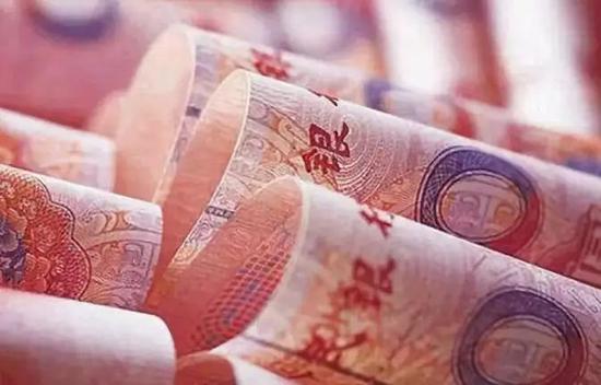 央行在放水,为何银行依然缺钱?下一步会降息吗?
