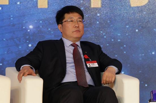 紫光董事长赵伟国提交辞呈不再担任公司任何职务