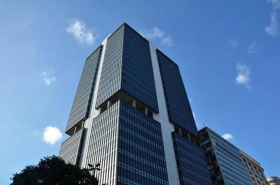 巴西央行:国内经济增速二季度将维持稳定或小幅上涨