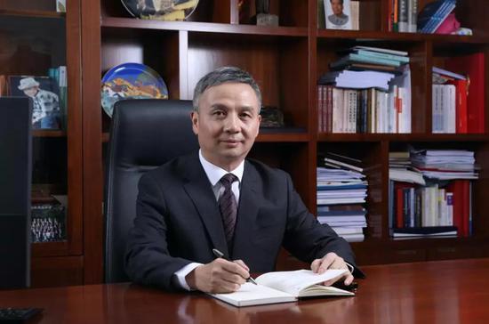 长沙银行朱玉国:患难与共中践行责任 赢得社会尊重和客户信任