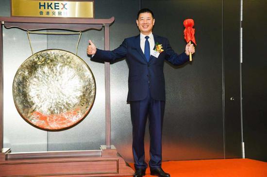 「皇冠下注备用网址」广东宏远与小科比正式续约 卫冕CBA总冠军成唯一目标