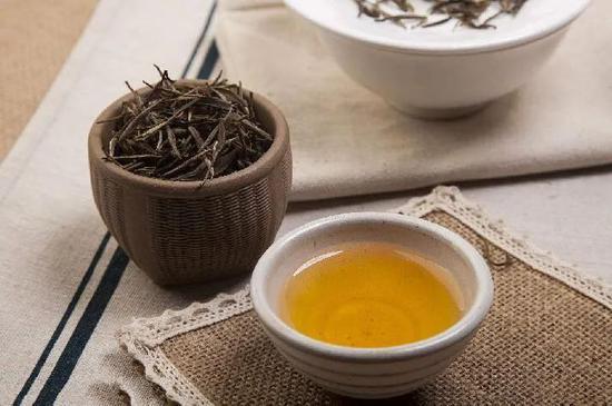 茶叶卖不动了:乌龙茶市占率不及2% 中茶股份IPO存货逐年攀升
