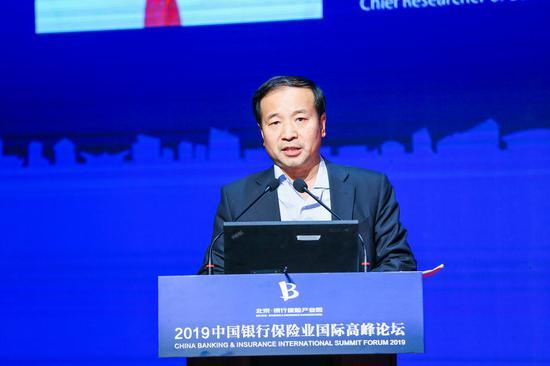 宗良:金融产业园需充分发挥产业园经济结构调整作用