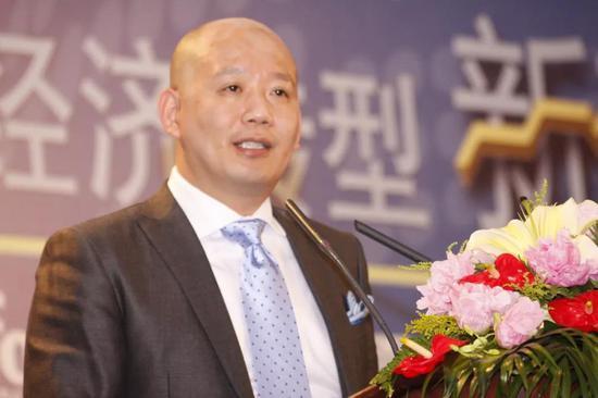 皇冠滚球_刘昌赫名局系列:业余锦标赛初显身手(多谱)