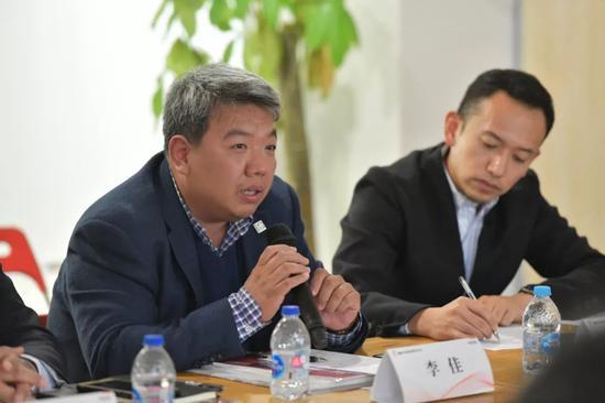 okada指导 - 中国银行业前三季度共处置不良贷款约1.4万亿元