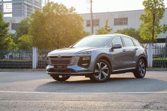 aggaming网站 - 最大续航500km,0~100km/h只需4秒,这款SUV打造荣威高端品牌