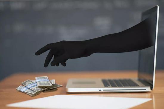 为了10万换10年黑名单 这名基金公司员工操作太奇葩