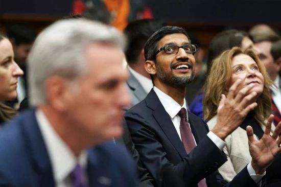 """谷歌新掌门:从印度贫民窟走出的""""凤凰男"""""""