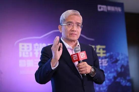"""""""狼教授""""猎艳记和圈钱经济学"""
