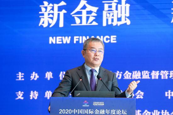 李扬:中国居民的金融资产结构是比较单一的、比较偏颇的