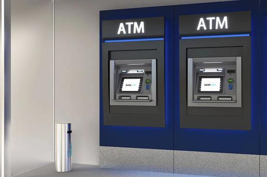 """二季度减少3万余台!正在""""消失""""的ATM机去哪了?"""