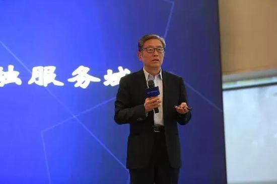 上海高级金融学院执行理事屠光绍:新发展阶段与金融服务域态