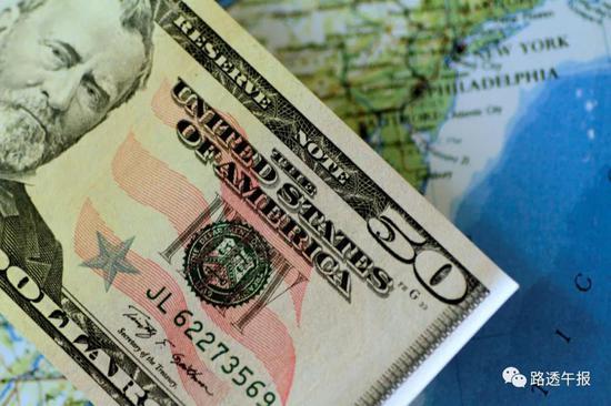 美元四面楚歌 在全球主要货币之中表现吊车尾
