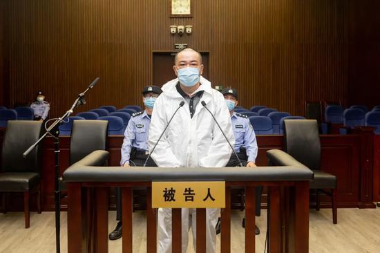 判无期!上海威氏集团集资诈骗案宣判 被害人损失超4.4亿元