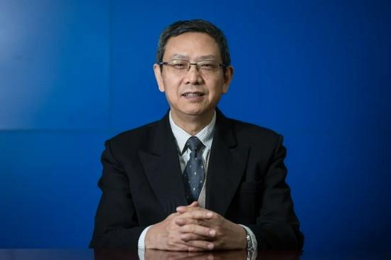 贾康:中国是发展中经济体 个人所得税最高边际税率应该往下调