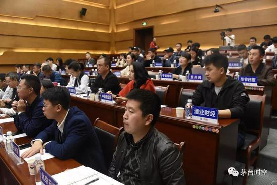 南方双彩网手机版,外媒:丹东港偿债方案显示个人投资者50万以上只付20%