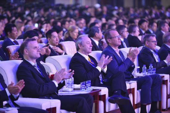 bet360体育在线手机版 - 中国工商银行与广东省农信联社签署全面战略合作协议