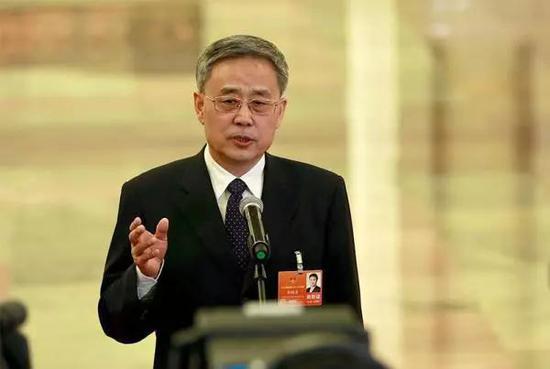 郭树清一人身兼国务院两大部委党委书记