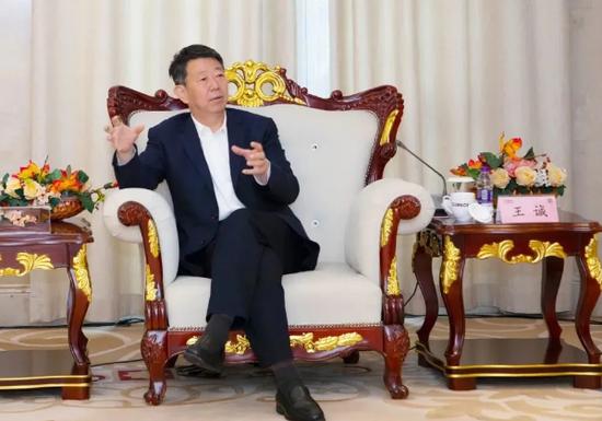 蚌埠市长王诚任世界五百强企业海螺集团党委书记,提名为董事长
