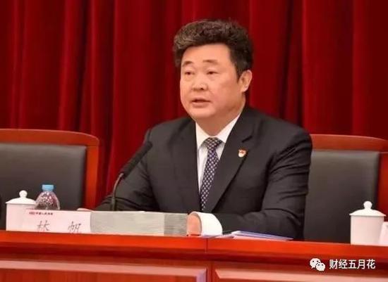王者荣耀线上娱乐网站 - 《故事里的中国》今晚走进《人到中年》的奉献与坚守