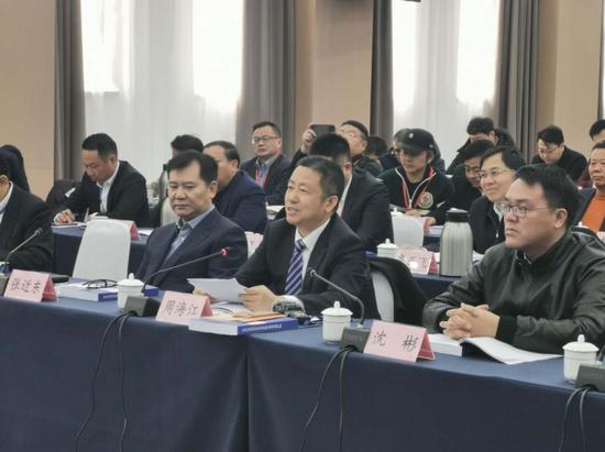 红豆集团周海江:民营企业家要坚守实体经济、爱国情怀和社会责任