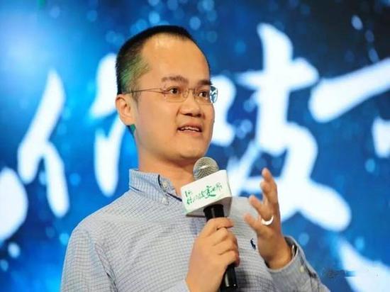 美团的AB股权设计,王兴持股10.4%控制公司